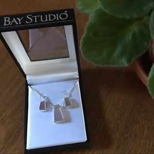NWT Necklace/earrings set